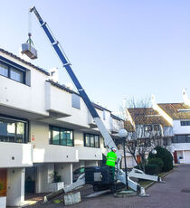 UNIC URW-506 mini crane