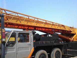 TADANO TG-500E mobile crane