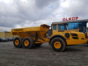 VOLVO VOLVO A 40 F  / 37T. CAPACITY NA articulated dump truck